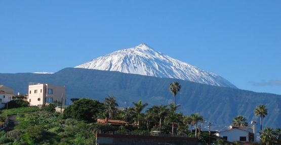 Teide walking routes. Teide hiking trails. Walking mount Teide