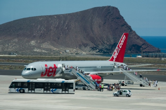 Weather Tenerife south airport (IATA: TFS, ICAO: GCTS) Reina Sofia
