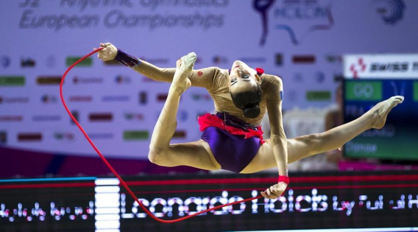 World champion Rhythmic Gymnastics teaches a course in Tenerife