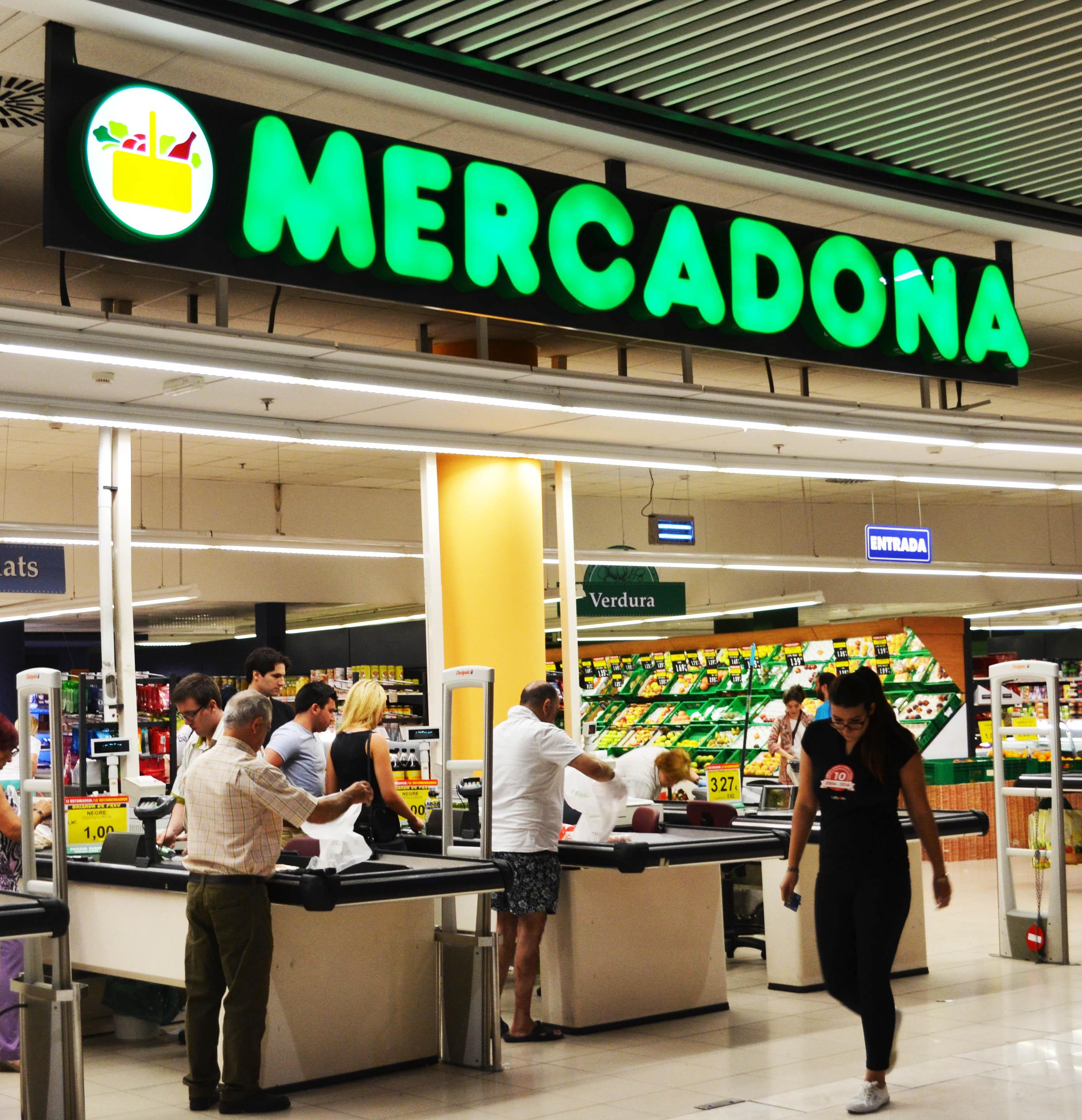 mercadona Mercadona - download as powerpoint presentation (ppt), pdf file (pdf), text file (txt) or view presentation slides online.