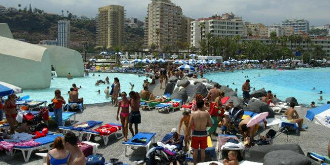 The municipality Puerto de la Cruz, Tenerife has the highest influx of tourists since 2009
