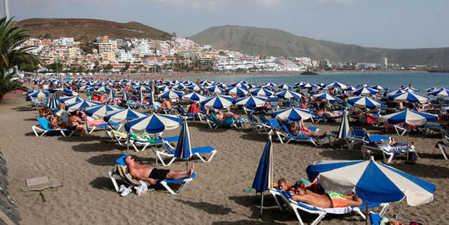Tenerife billed 12 million euros a day thanks to tourism in 2016