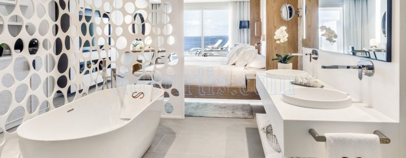 Tenerife has a new luxury 5 star hotel: the Royal Hideaway Corales Resort