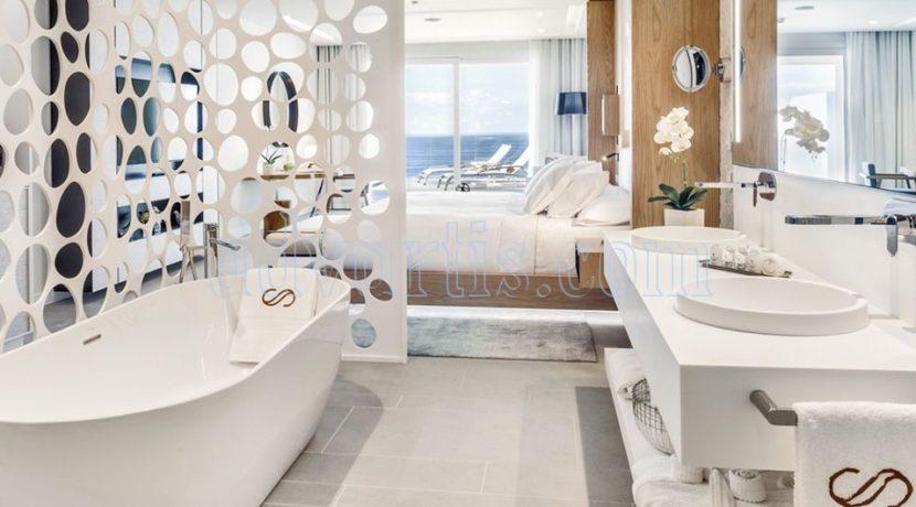 Tenerife has a new luxury 5 star hotel: the Royal Hideaway Corales Resort