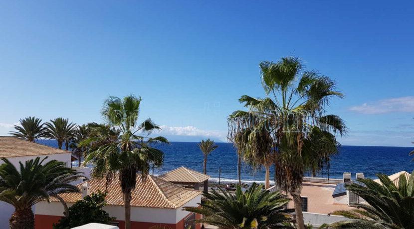 Oceanfront apartment for sale in Parque Santiago 2, Playa de Las Americas, Tenerife