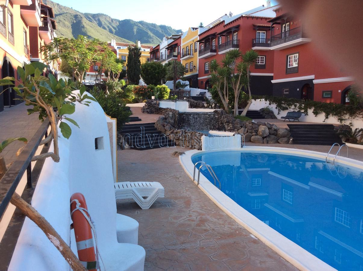 Townhouse for sale in residencial complex Jardin Botanico, Adeje, Tenerife €252.000