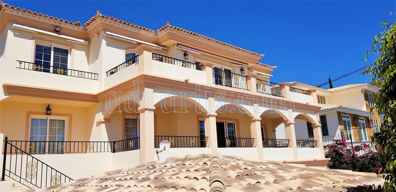 5 Bedroom Villa with Pool and Sea Views – Roque Del Conde €899.000