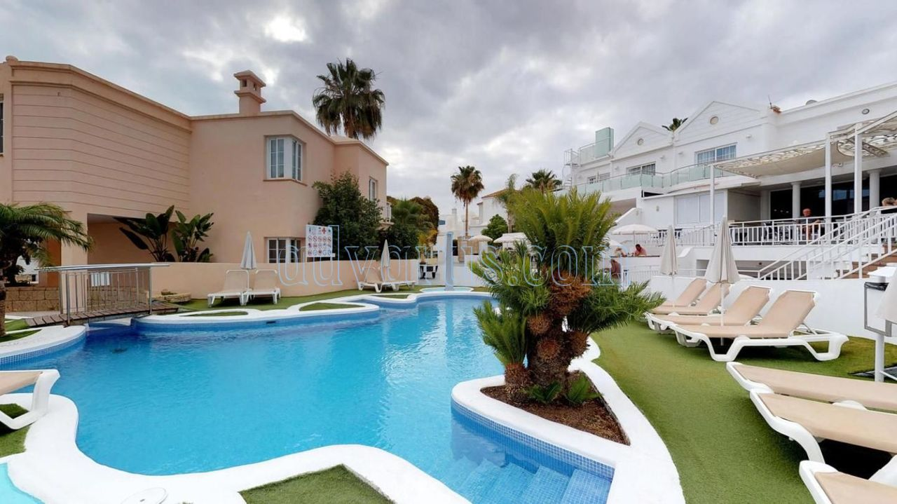 1 bedroom apartment for sale in Playa de Fanabe, Adeje, Tenerife €199.000
