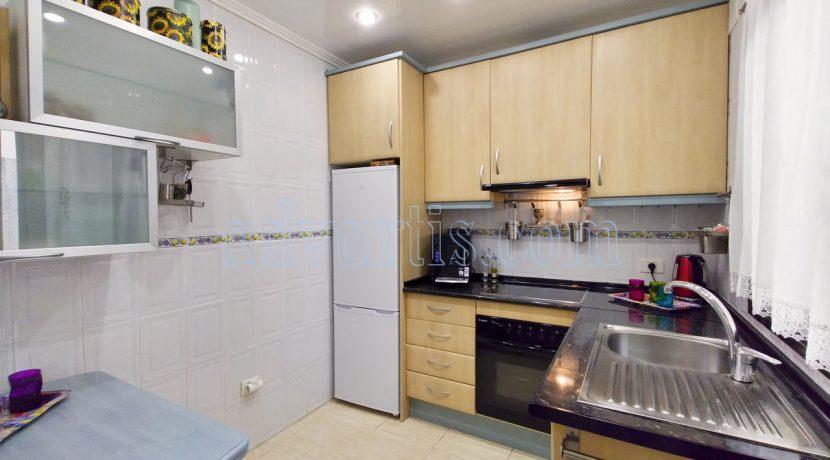 2-bedroom-apartment-for-sale-in-tenerife-adeje-38670-0311-06