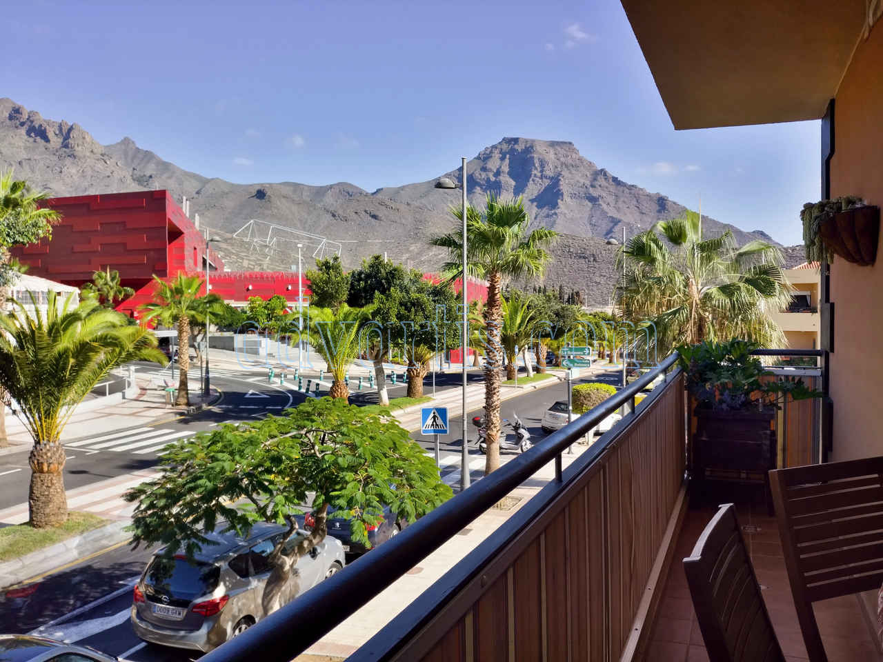 2 bedroom apartment for sale in Adeje Tenerife €250.000