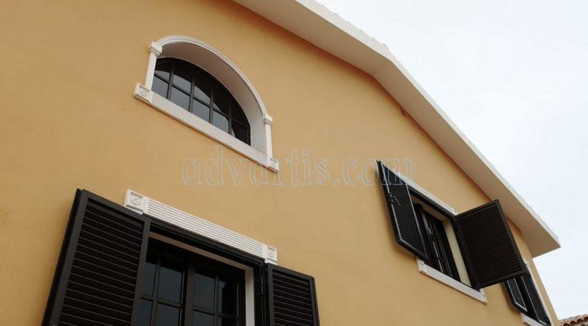5-bedroom-house-for-sale-in-tenerife-adeje-38670-0512-03