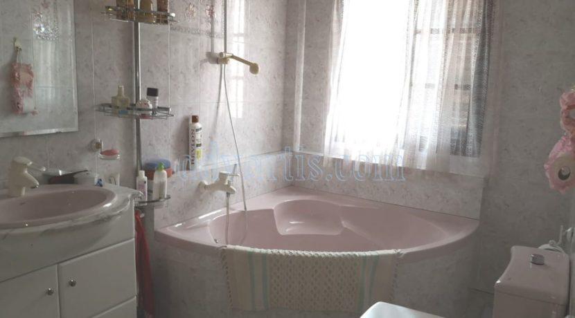 5-bedroom-house-for-sale-in-tenerife-adeje-38670-0512-24