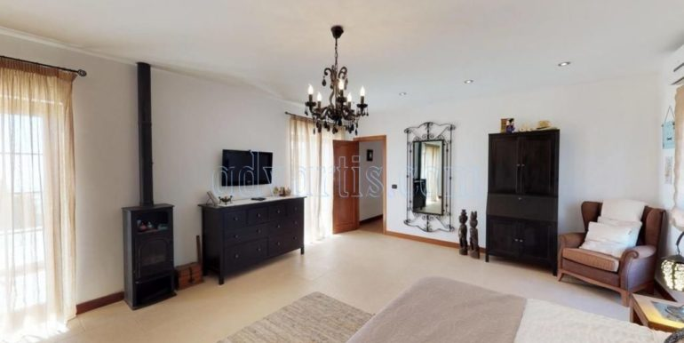 beautiful-villa-for-sale-in-san-miguel-de-abona-tenerife-38620-0517-08