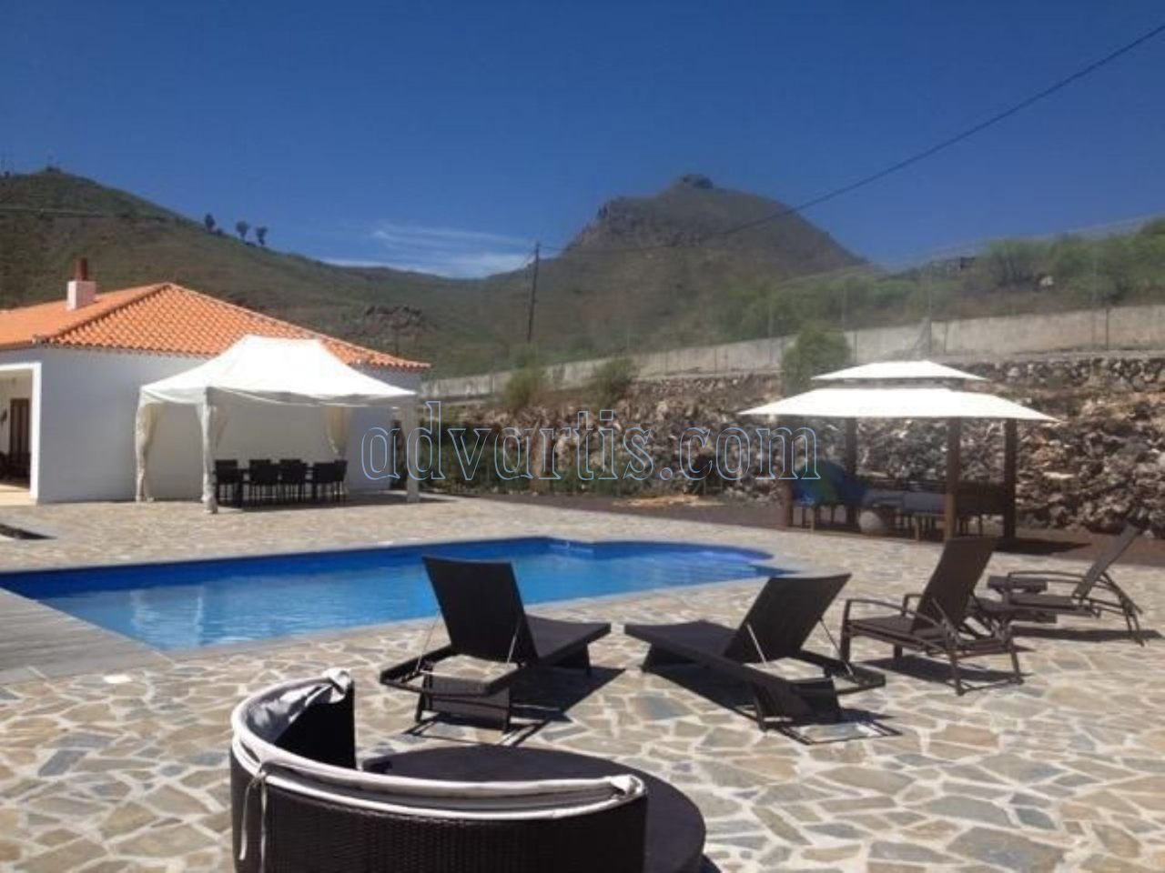 Beautiful villa for sale in San Miguel de Abona, Tenerife €745.000