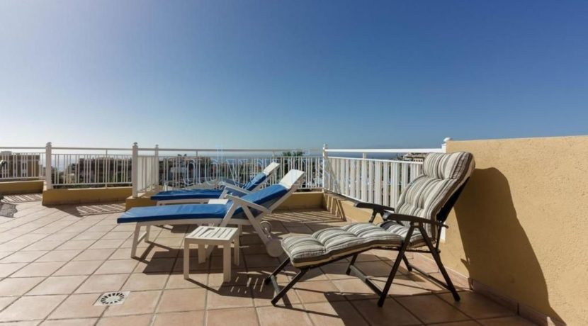 duplex-apartment-for-sale-in-playa-del-duque-costa-adeje-tenerife-spain-38679-0517-01