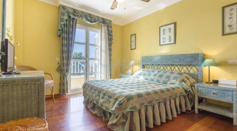 duplex-apartment-for-sale-in-playa-del-duque-costa-adeje-tenerife-spain-38679-0517-06