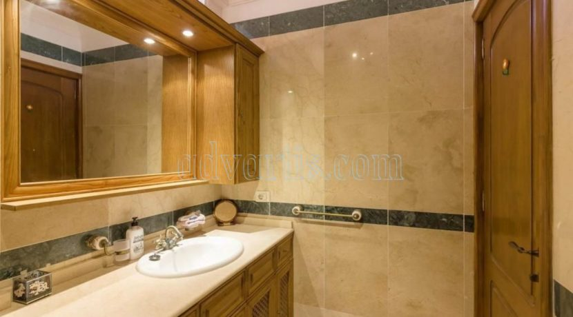duplex-apartment-for-sale-in-playa-del-duque-costa-adeje-tenerife-spain-38679-0517-08