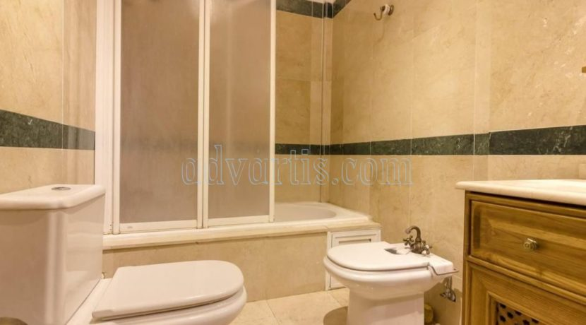 duplex-apartment-for-sale-in-playa-del-duque-costa-adeje-tenerife-spain-38679-0517-09