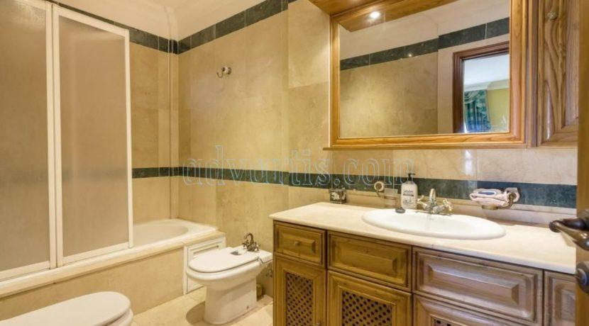 duplex-apartment-for-sale-in-playa-del-duque-costa-adeje-tenerife-spain-38679-0517-10