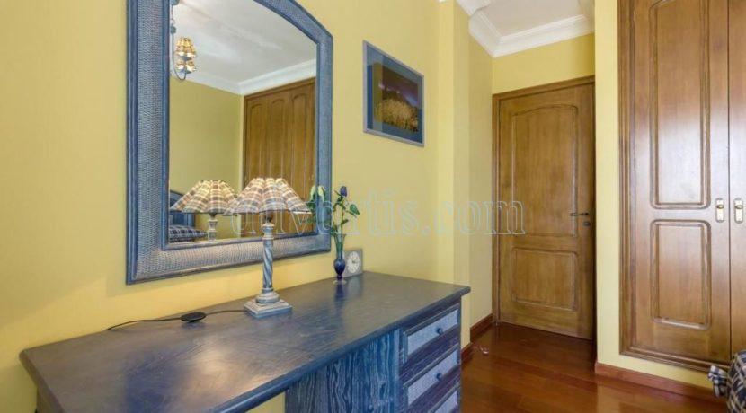 duplex-apartment-for-sale-in-playa-del-duque-costa-adeje-tenerife-spain-38679-0517-13
