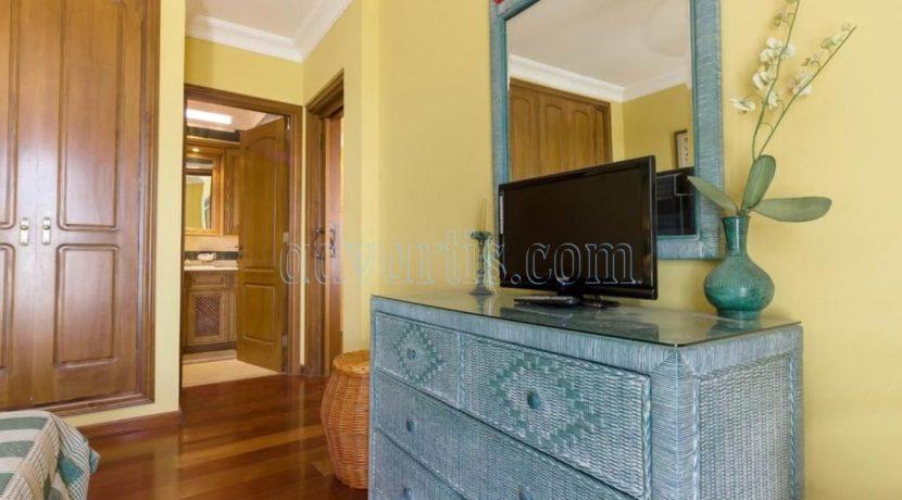 duplex-apartment-for-sale-in-playa-del-duque-costa-adeje-tenerife-spain-38679-0517-14