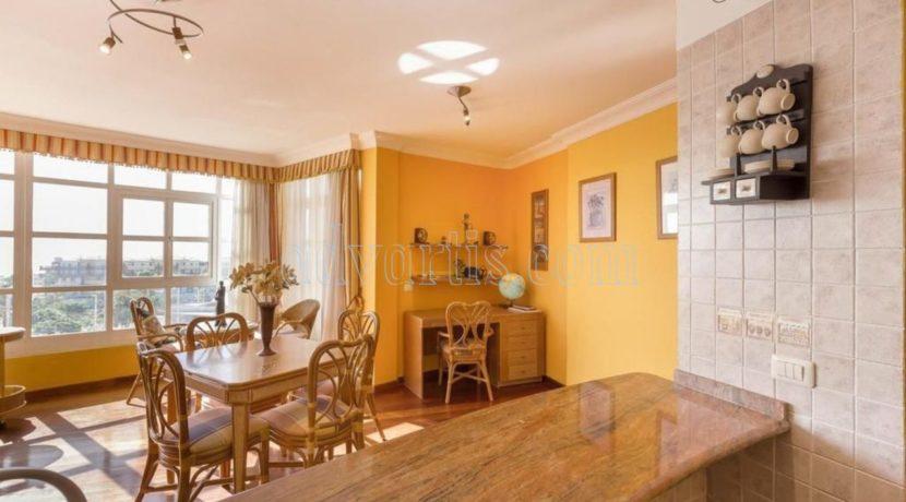 duplex-apartment-for-sale-in-playa-del-duque-costa-adeje-tenerife-spain-38679-0517-26