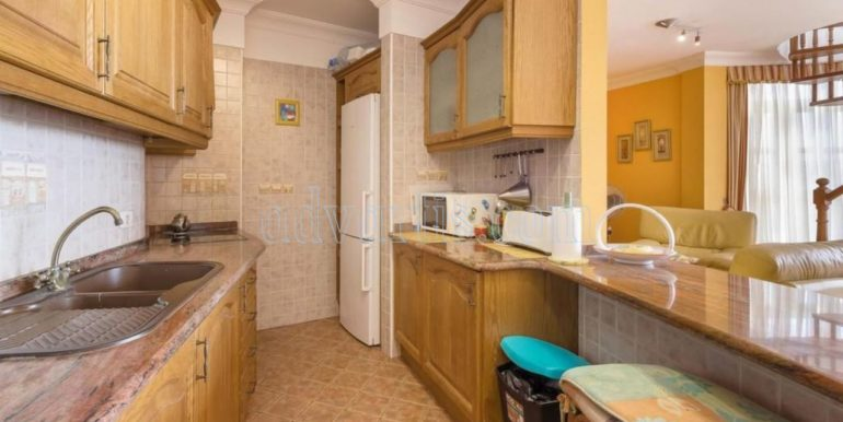 duplex-apartment-for-sale-in-playa-del-duque-costa-adeje-tenerife-spain-38679-0517-29