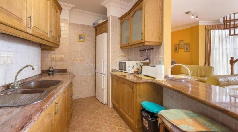 duplex-apartment-for-sale-in-playa-del-duque-costa-adeje-tenerife-spain-38679-0517-29