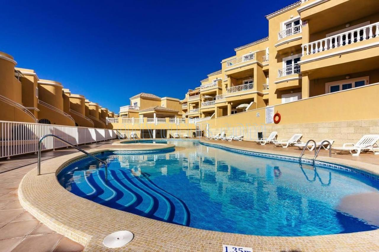 Duplex apartment for sale in Playa del Duque, Tenerife €370.000