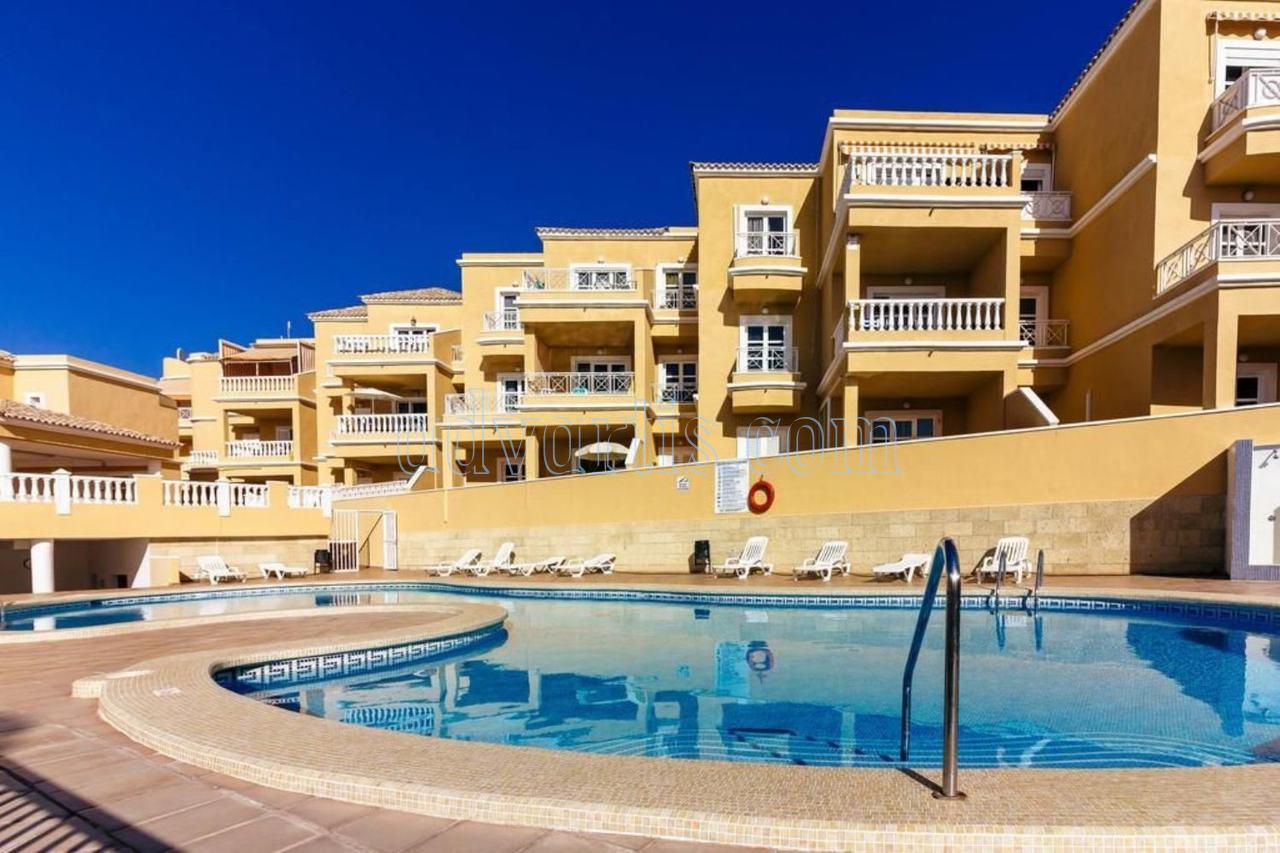 Duplex apartment for sale in Playa del Duque Tenerife €370.000