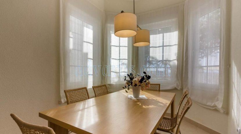 exclusive-seafront-villa-for-sale-in-tenerife-costa-adeje-38660-0512-10