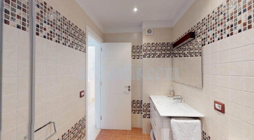 exclusive-seafront-villa-for-sale-in-tenerife-costa-adeje-38660-0512-17