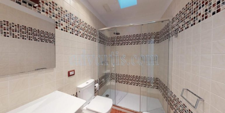 exclusive-seafront-villa-for-sale-in-tenerife-costa-adeje-38660-0512-20
