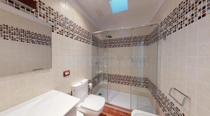 exclusive-seafront-villa-for-sale-in-tenerife-costa-adeje-38660-0512-20
