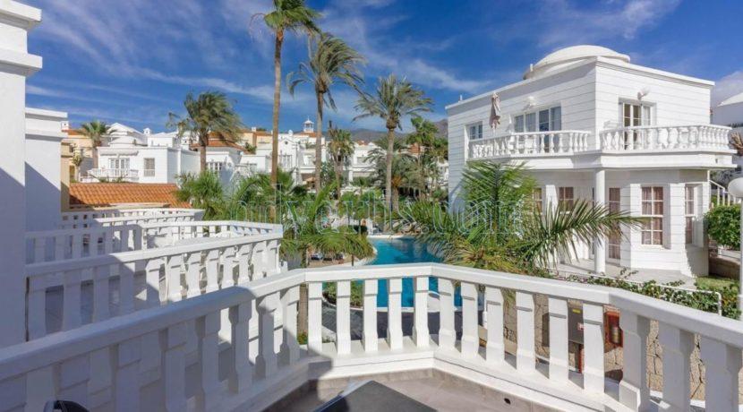 exclusive-seafront-villa-for-sale-in-tenerife-costa-adeje-38660-0512-21