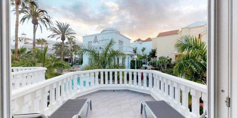 exclusive-seafront-villa-for-sale-in-tenerife-costa-adeje-38660-0512-22