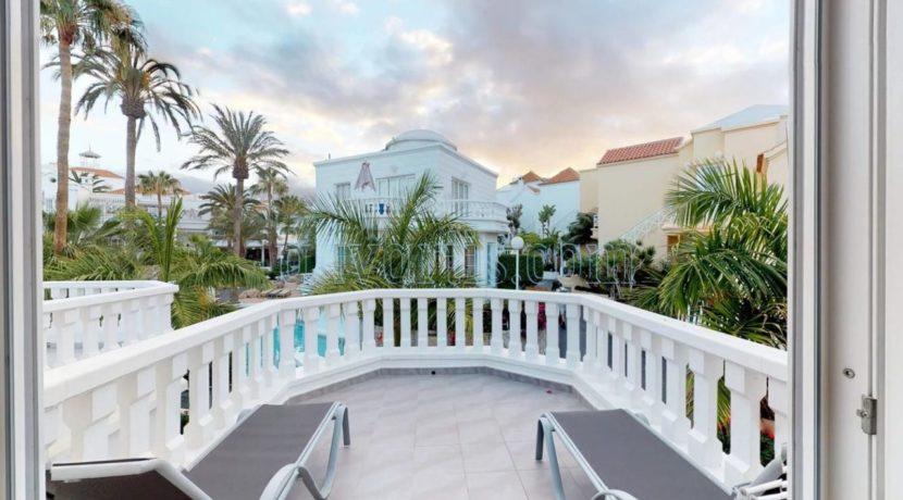 exclusive-seafront-villa-for-sale-in-tenerife-costa-adeje-38660-0512-22
