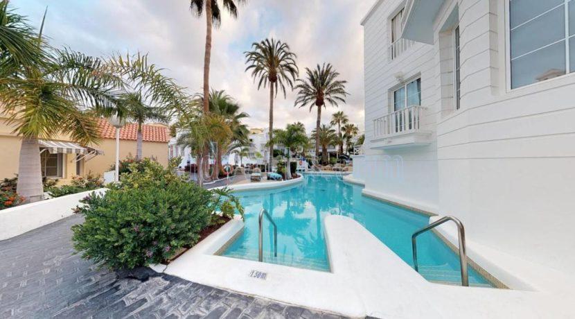 exclusive-seafront-villa-for-sale-in-tenerife-costa-adeje-38660-0512-29