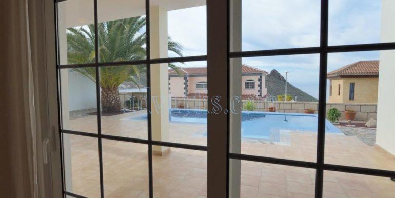 luxury-villa-for-sale-in-tenerife-costa-adeje-roque-del-conde-38670-0517-03