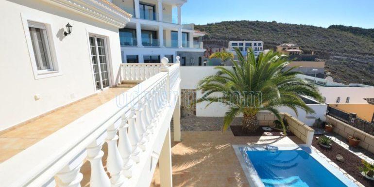 luxury-villa-for-sale-in-tenerife-costa-adeje-roque-del-conde-38670-0517-12
