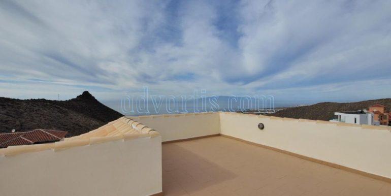 luxury-villa-for-sale-in-tenerife-costa-adeje-roque-del-conde-38670-0517-20