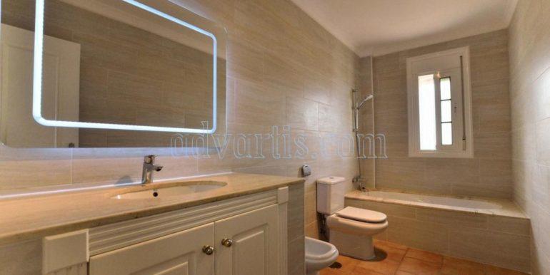 luxury-villa-for-sale-in-tenerife-costa-adeje-roque-del-conde-38670-0517-24
