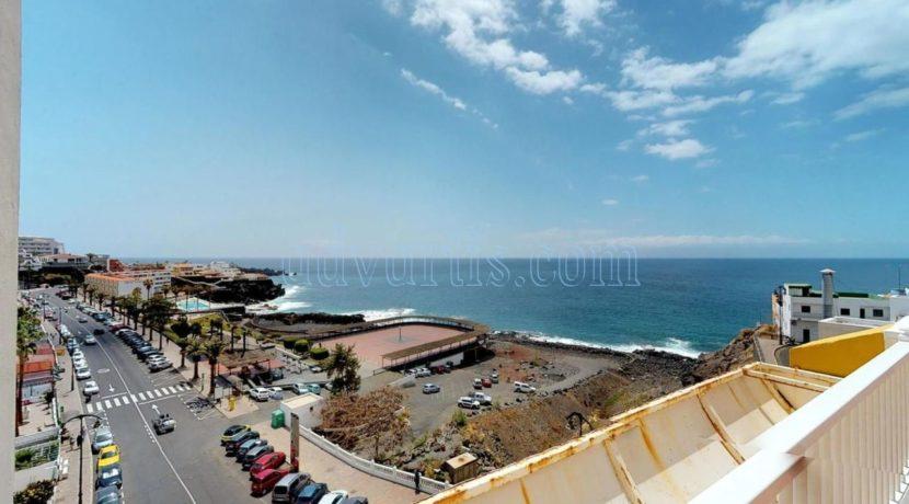 Oceanfront apartment for sale in Tenerife Puerto de Santiago