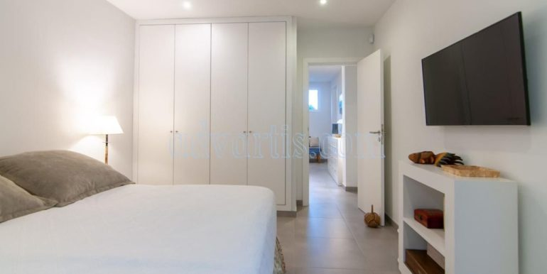 oceanfront-house-for-sale-in-el-medano-tenerife-spain-38612-0517-03
