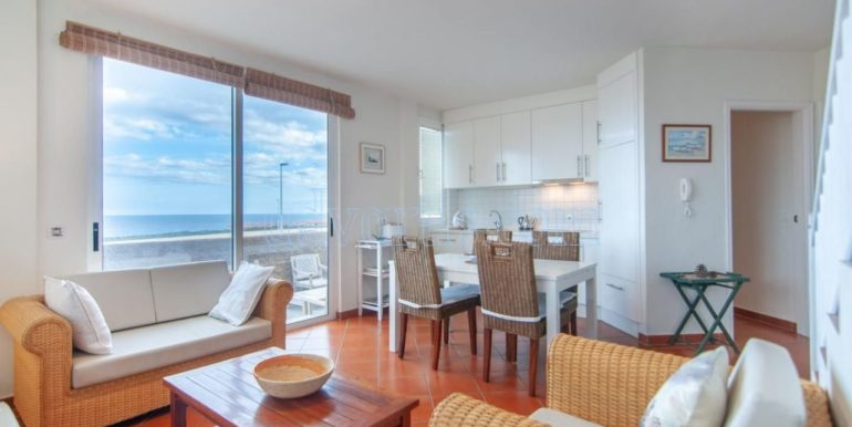 oceanfront-house-for-sale-in-el-medano-tenerife-spain-38612-0517-05