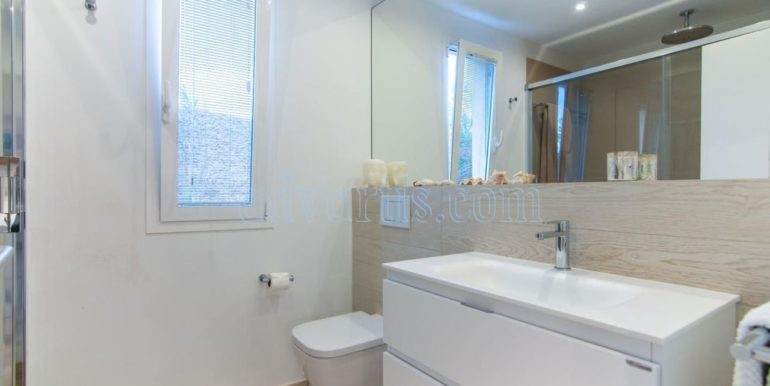 oceanfront-house-for-sale-in-el-medano-tenerife-spain-38612-0517-13