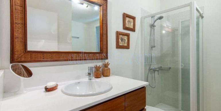 oceanfront-house-for-sale-in-el-medano-tenerife-spain-38612-0517-19