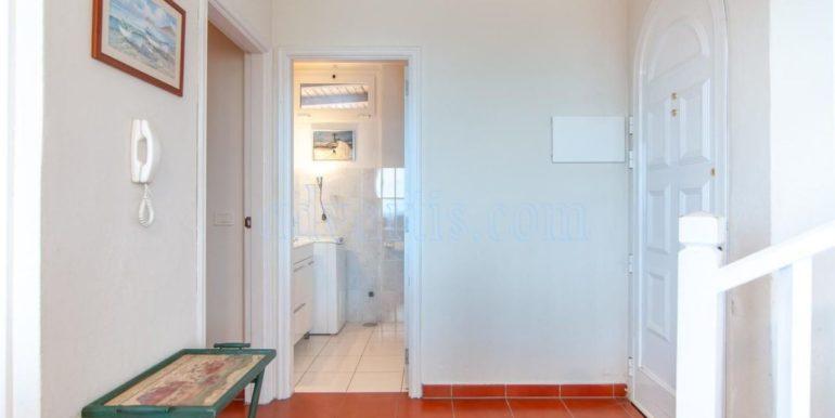 oceanfront-house-for-sale-in-el-medano-tenerife-spain-38612-0517-24