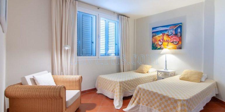 oceanfront-house-for-sale-in-el-medano-tenerife-spain-38612-0517-30