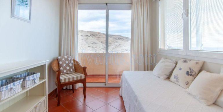 oceanfront-house-for-sale-in-el-medano-tenerife-spain-38612-0517-33